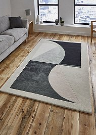 Michelle Collins Rug Outside In MC04